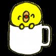 コーヒーカップに入ったひよこ