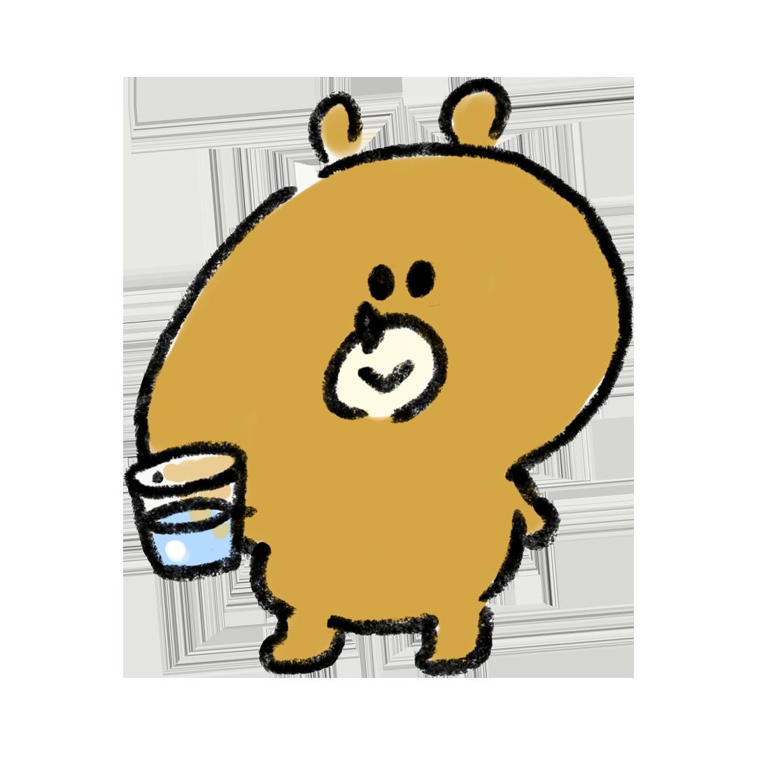 水を飲む熊