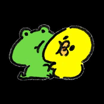 カエルと密着するひよこ